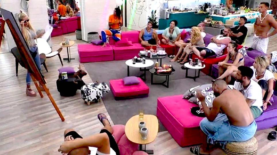 Σκληρό ριάλιτι: Παίκτρια του «Big Brother» σε πλάνο που απαγορεύται να παιχτεί στην τηλεόραση (Pic)